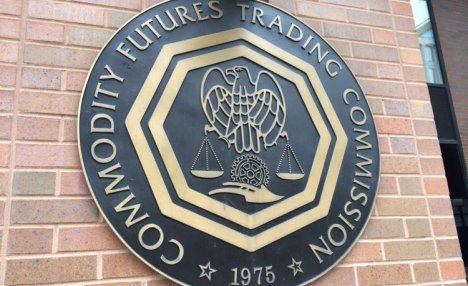 U.S. CFTC Chair: We Need to Test Blockchain Because We Are 'Four Years Behind'